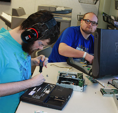 Career education in comouter technology - private special education school Somerset NJ - New Road School
