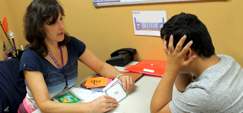 Teacher working one-on-one with student - special education private school in Parlin NJ